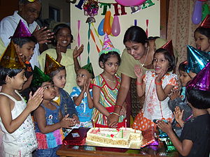 cake-feeding-india-birthday-celebration
